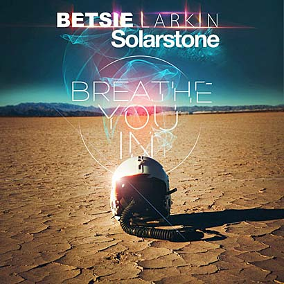 Review | Breathe You in (Solarstone Pure Mix) Solarstone, Betsie Larkin